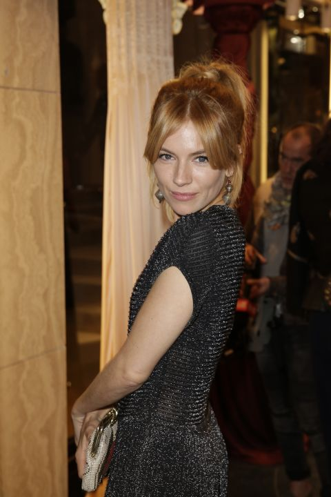 sienna-miller-6-vionnet-paris-boutique-cocktail-opening-1st-october-2015-1